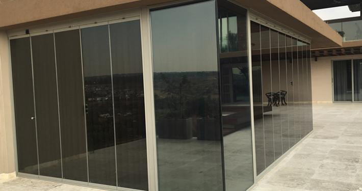 TMG Designs - Frameless folding doors